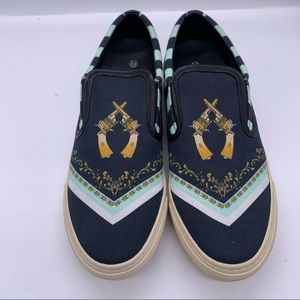 Mother Of Pearl Old West Canvas Sneaker Size 40